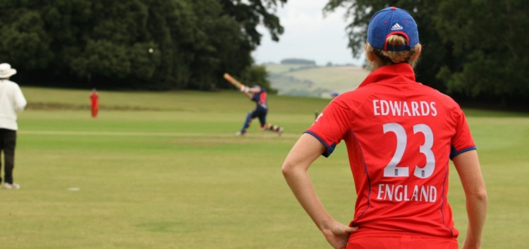 England Women cricketers lend their support to CWB